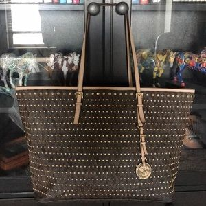 Micheal Kors jet setting gold rivets tote